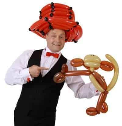 Der Ballonkünstler und Clown und Ballonclown - für Kinder am Kinderfest