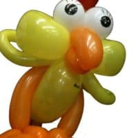 Ein Huhn aus Luftballons in Aalen