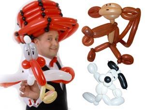 Der Ballonkünstler aus Freiberg am Neckar bei Ludwigsburg knotet Ballonfiguren und Ballontiere