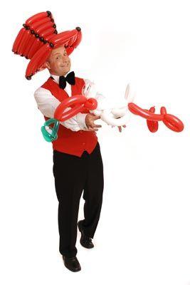 Kinderunterhaltung mit Ballonkünstler